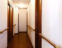 出入口・通路の幅