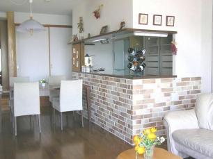 実用的な対面キッチンに改造